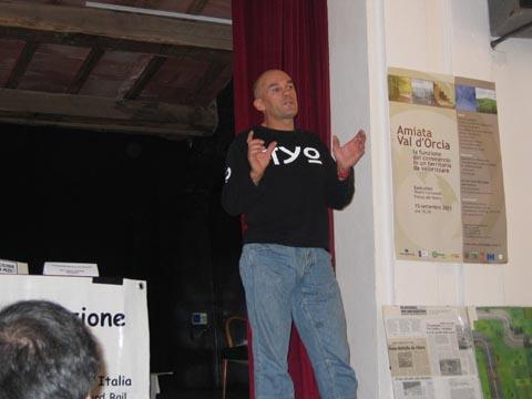 Primo Meeting Motociclistico sulla Sicurezza Stradale Settembre 2005 - dott. Marco Guidarini, presidente di AMI, Associazione Motociclisti Incolumi