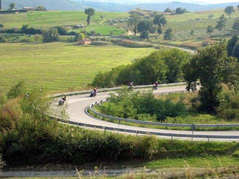 Primo Meeting Motociclistico sulla Sicurezza Stradale Settembre 2005 - Per strada...