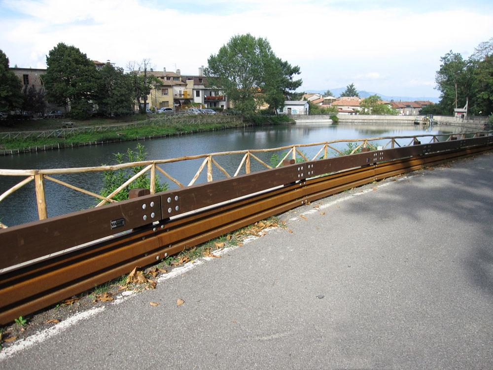 Guard-Rail Salva Motociclisti Installato dalla Ditta Margaritelli