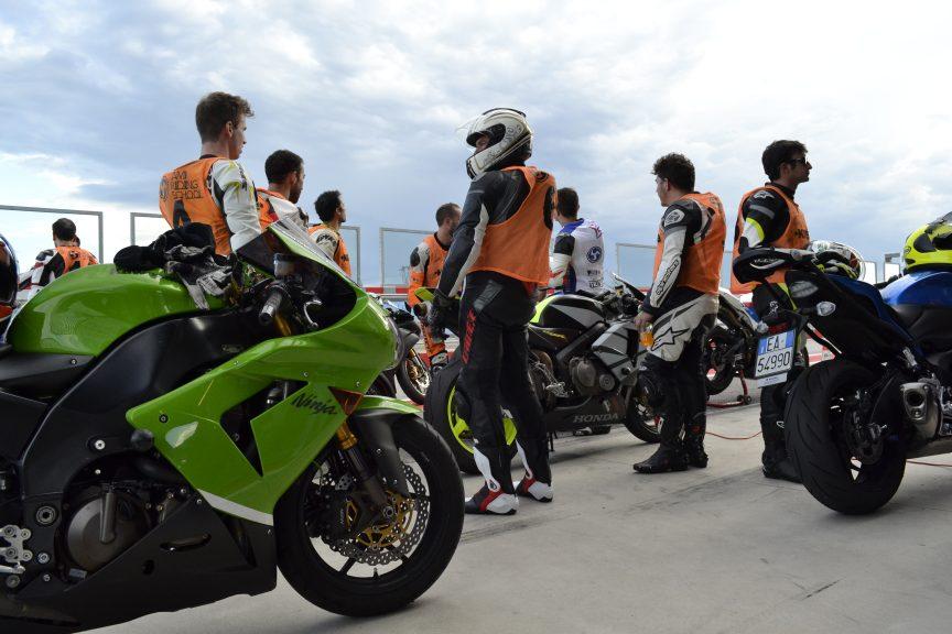 Pista in esclusiva con AMI Riding School a Cremona Circuit